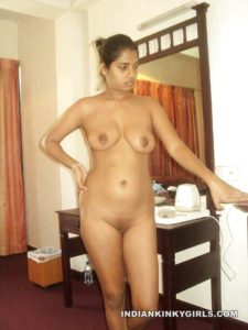 full frontal nude indian women pics
