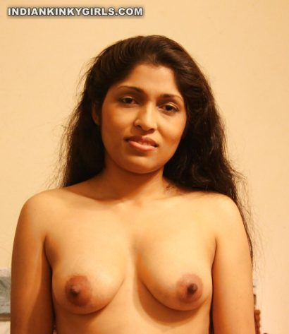 hot kanpur wife nude showing sexy boobs pics 006