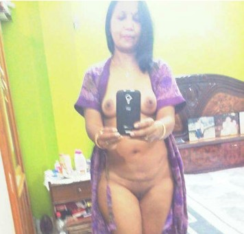 hyderabad-naked