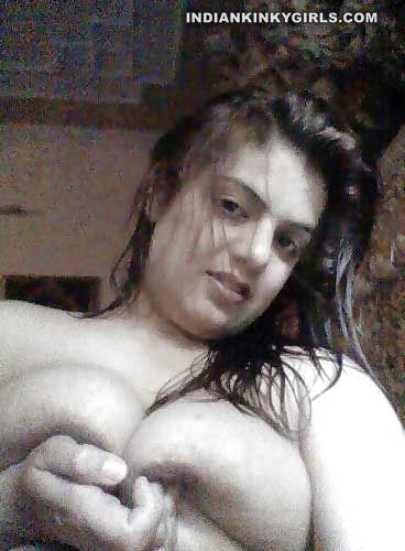 chubby desi mba student taking big boobs selfies 005