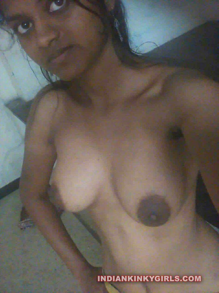 Horny Desi Village Girl Vidya Leaked Nude Selfies  Indian -7860
