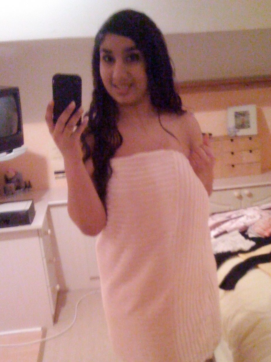 cute indian girl with huge melons topless photos