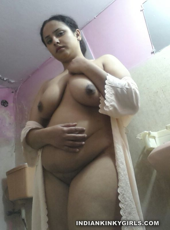 indian housewife nude teasing lover with big assets 004