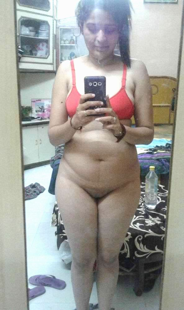 beautiful bangalore young wife nude selfies