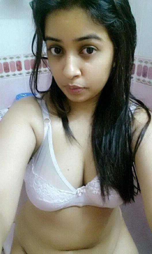 cute punjabi girl navjot nude selfies 003