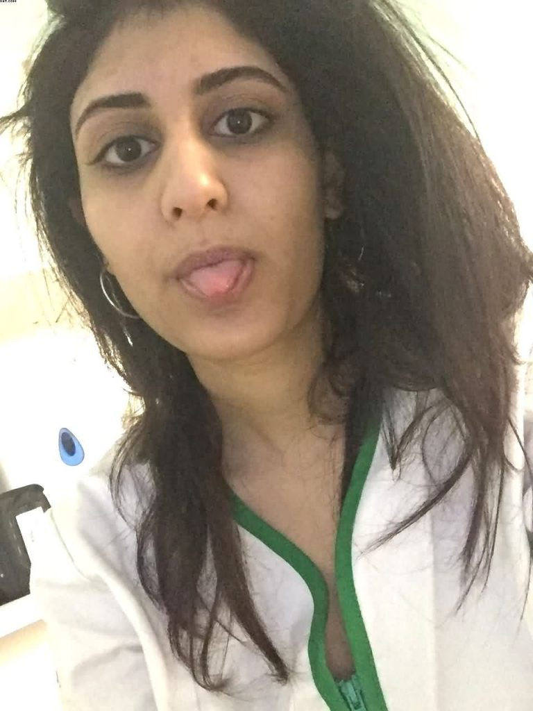 indian mbbs student neha leaked nude selfies