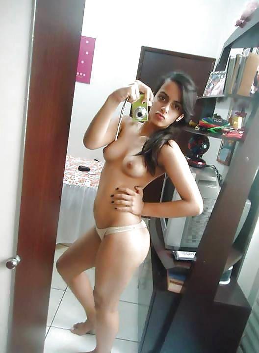 naughty indian teen shriya nude selfies leaked 003