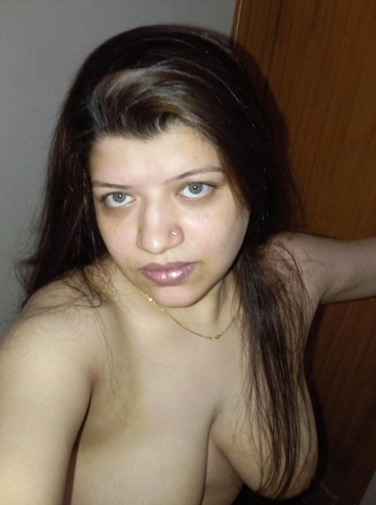 Agree, wife mature naked pakistani can suggest