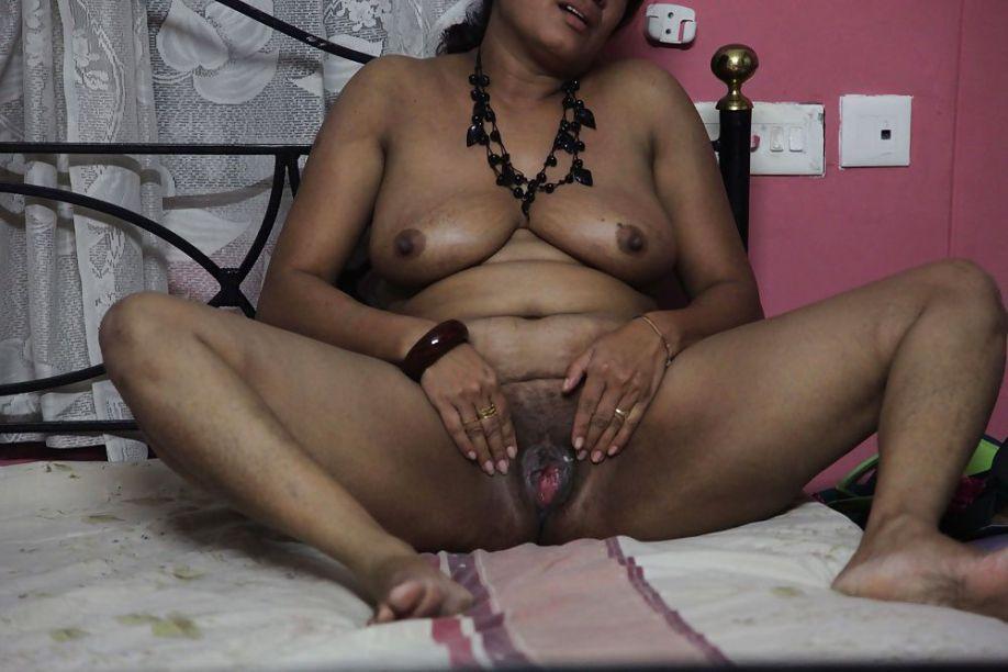 very horny south indian nude masturbating photos 004