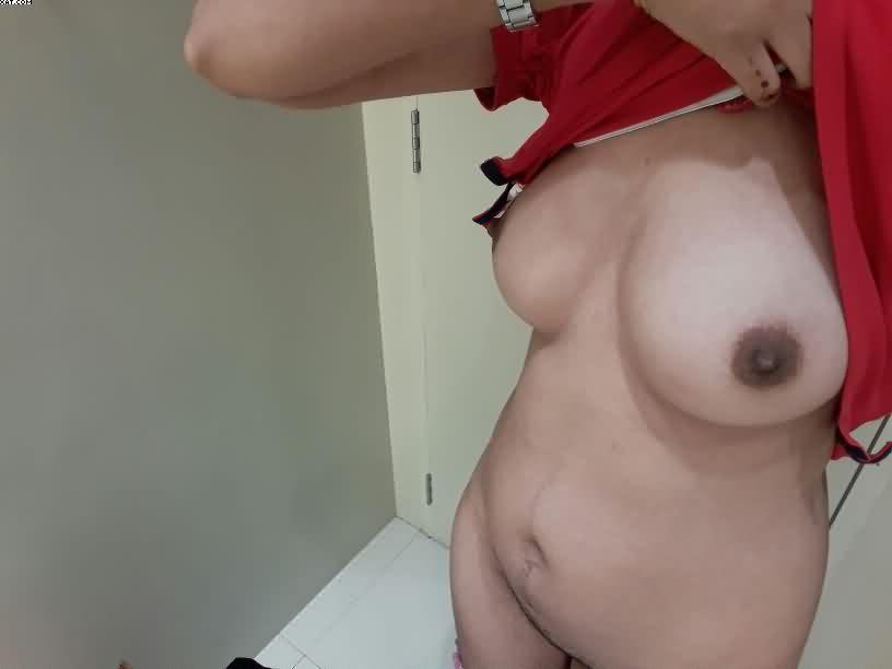 punjabi girl nude selfies in changing room 010