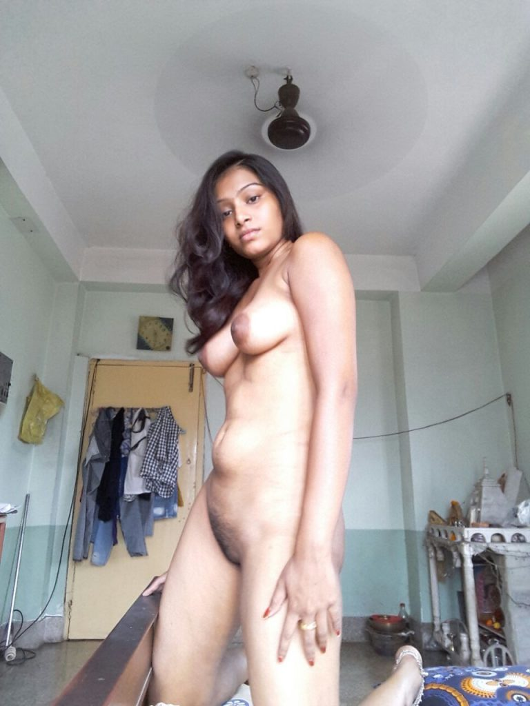 amateur beautiful nude desi girls boobs and pussy show 002