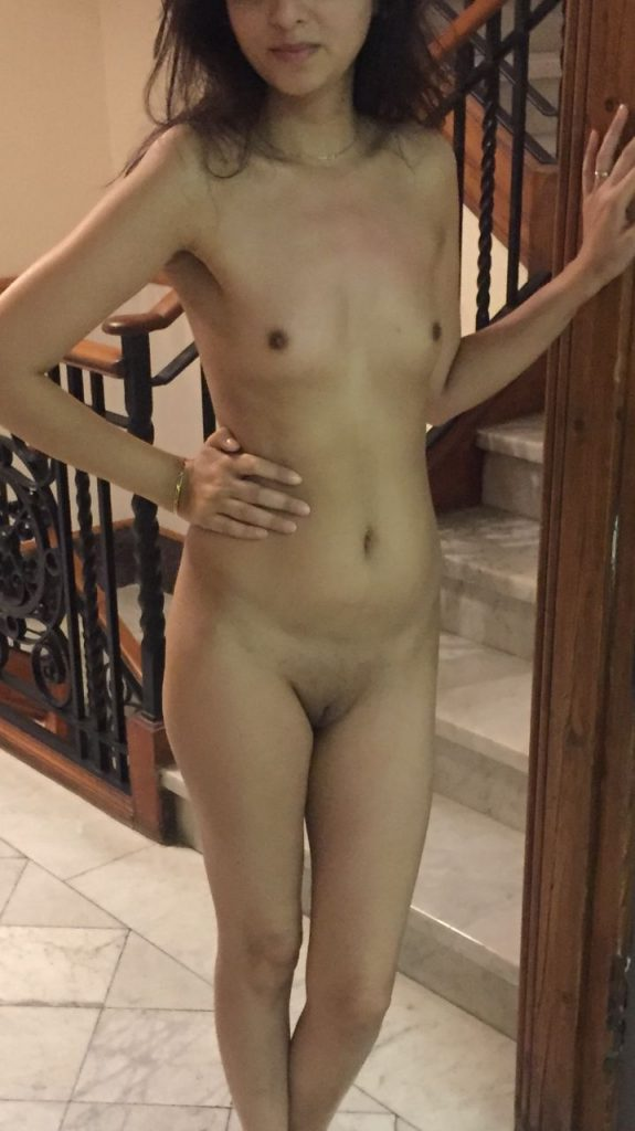 Slim Sexy Indian Teen Nude Small Tits And Pussy Show