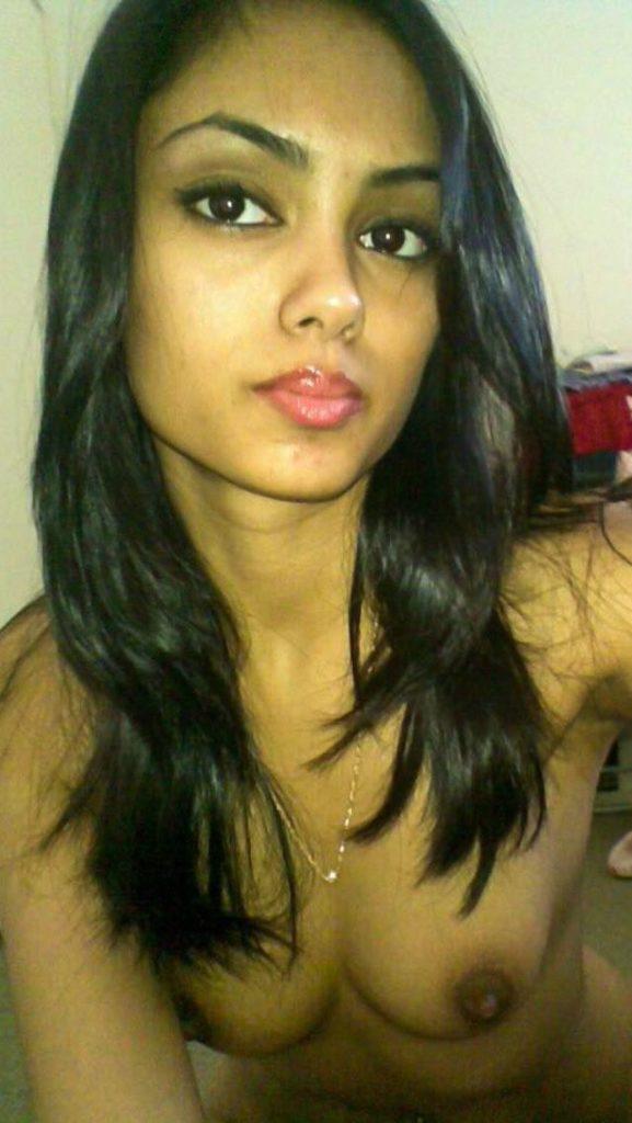 amateur college girl shweta nude leaked photos 004