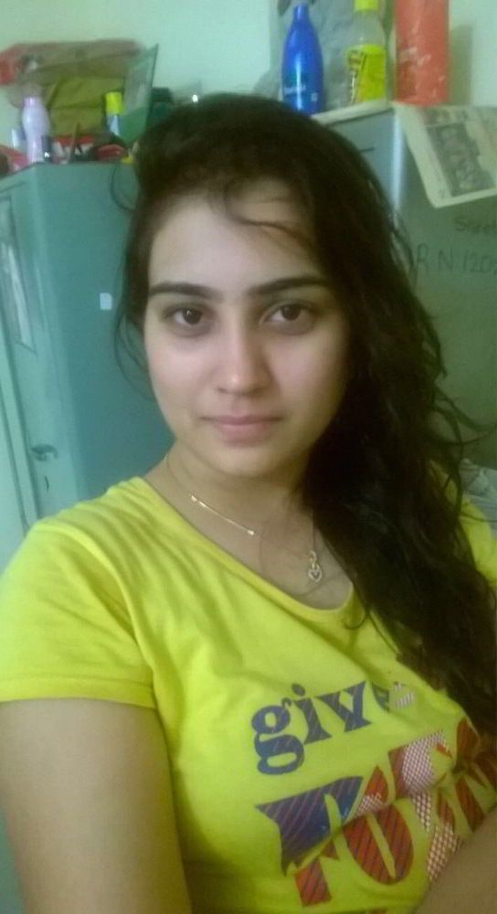 beautiful kanpur college girl leaked naked photos