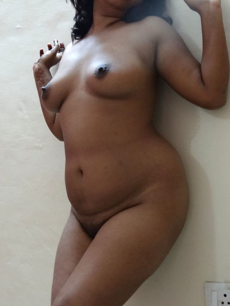horny mature mallu aunty nude cock teasing 005