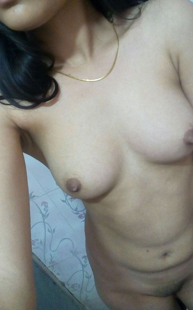 lovely mumbai mbbs student nude leaked photos scandal 002