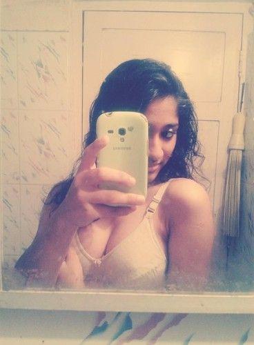 mbbs student narayani nude selfies 003