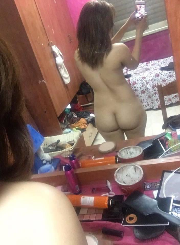 naughty aiims student nude selfies leaked scandal 005