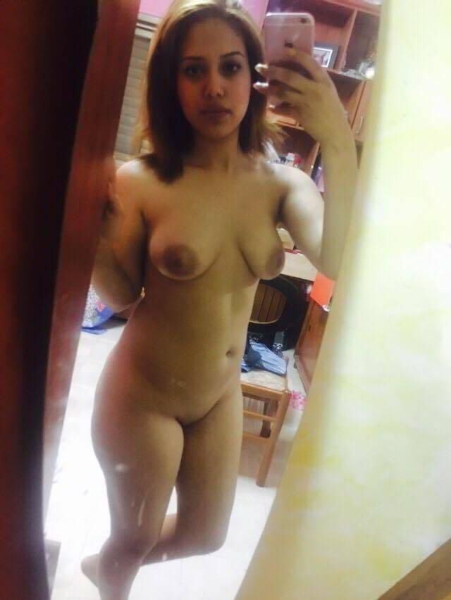 naughty aiims student nude selfies leaked scandal 006