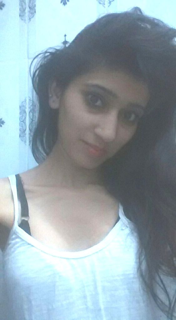 desi beautiful college girl boobs teasing selfies 001