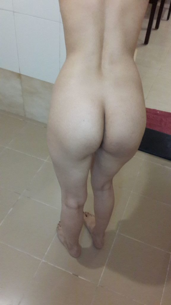 horny desi teacher nude teasing with hot ass 006