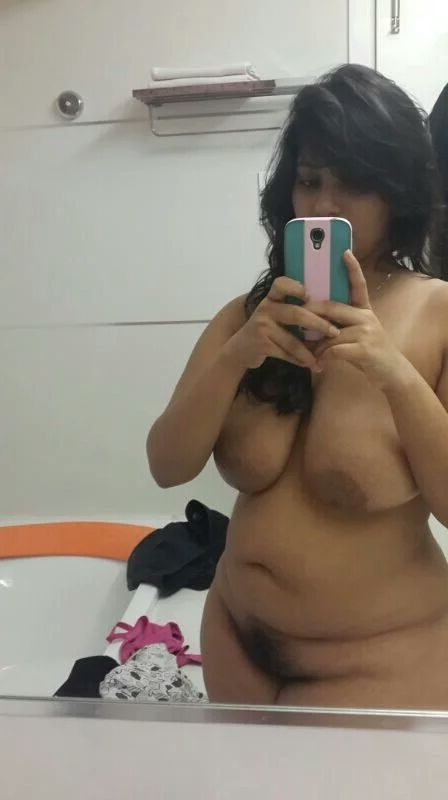 indian chubby college girl nude big boobs and pussy 003
