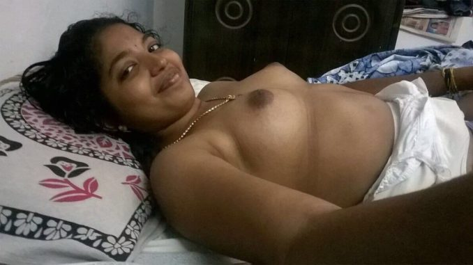 Desi nude yummy girls