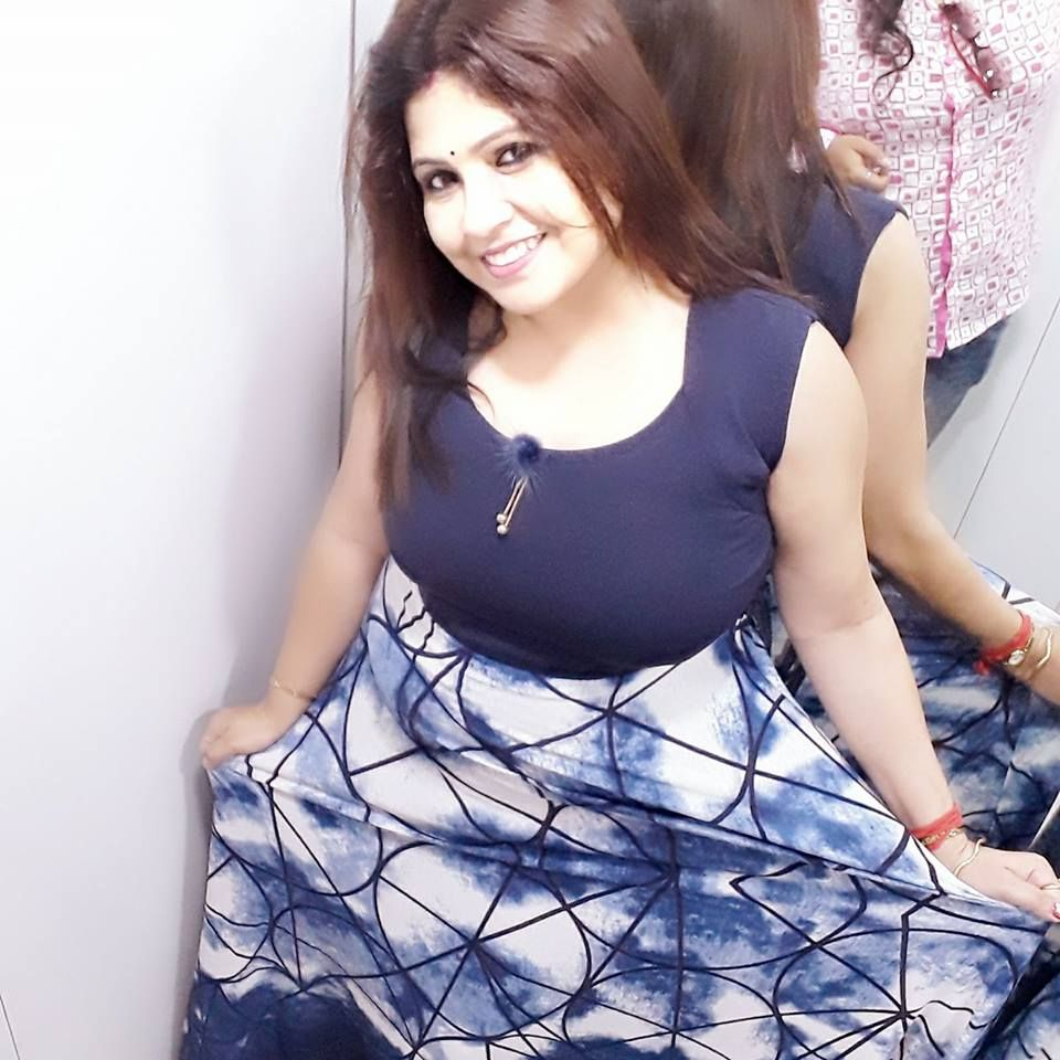 bengali divorcee wife nude big ass and boobs 009