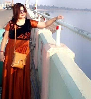 bengali divorcee wife nude big ass and boobs 013