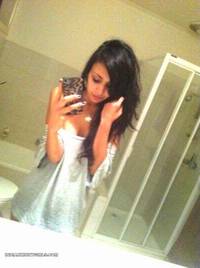 bengaluru teen nude leaked selfies 002