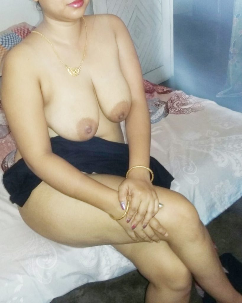 indian bhabhi nude sex photos leaked online 006