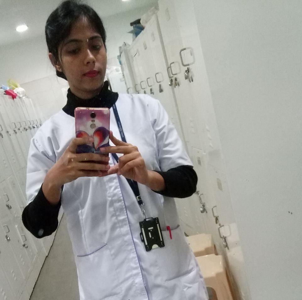 kolkata nurse munmun nude private photos 001
