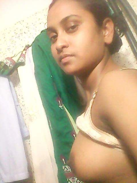 mallu muslim nurse nude selfies 006