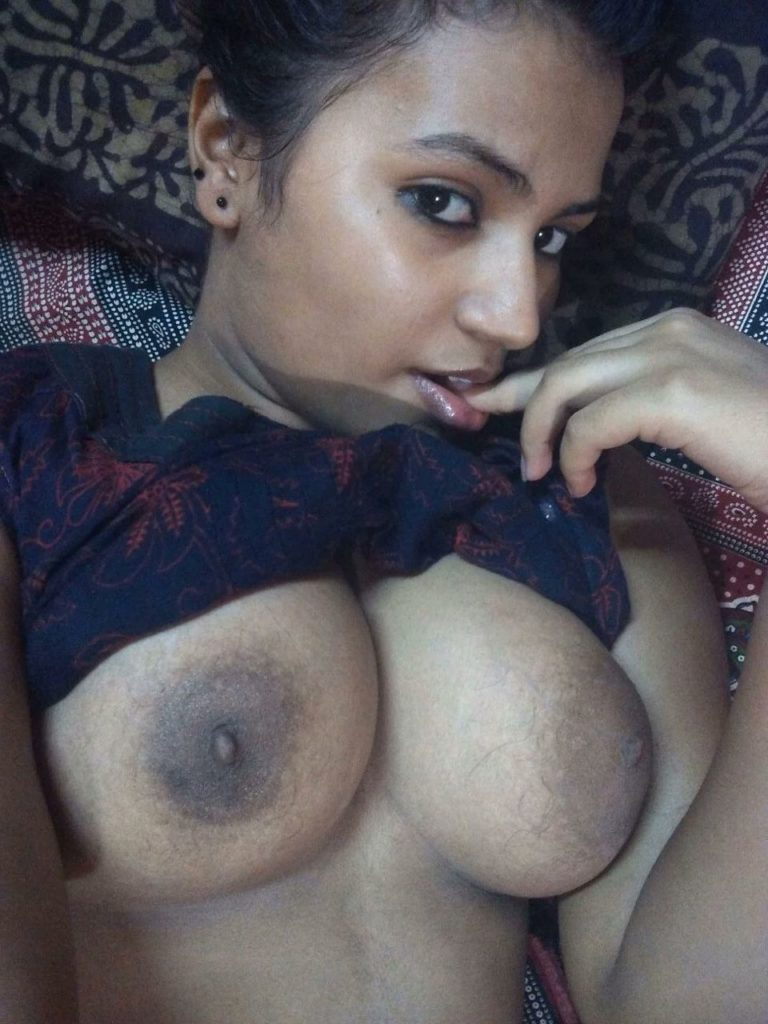 Seductive Indian Girls Nude Boobs And Ass Show  Indian -9749