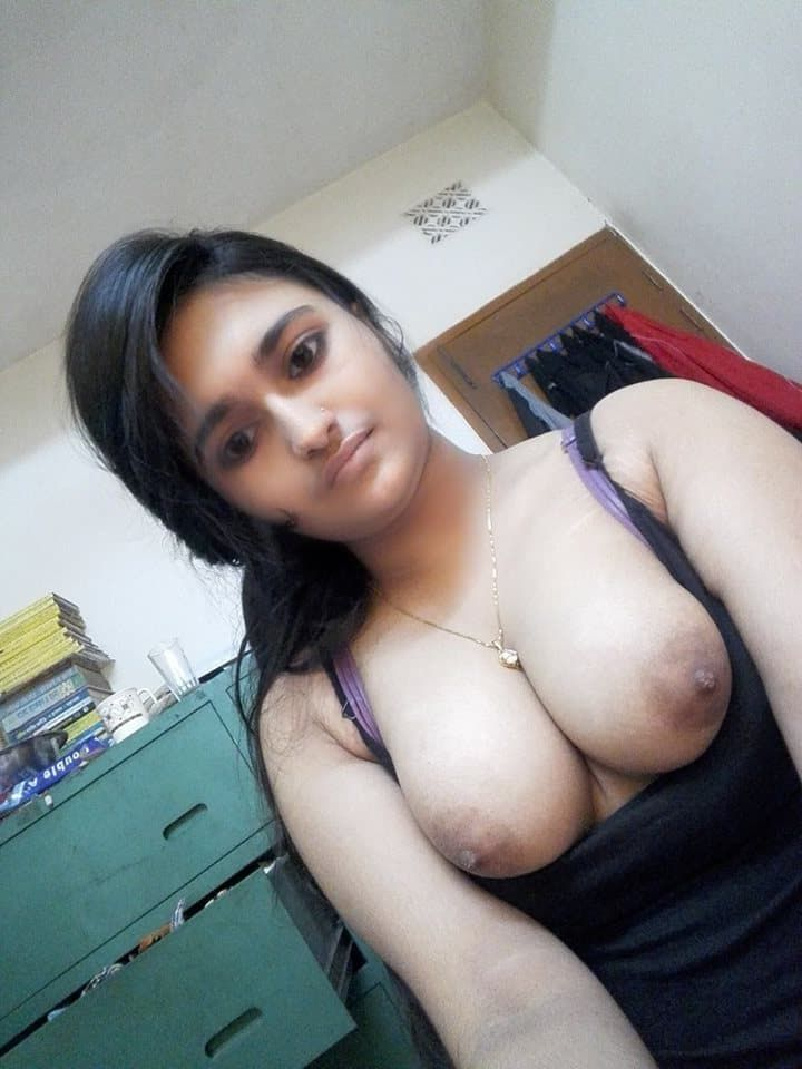 sexy nude boobs of panjaabi girls