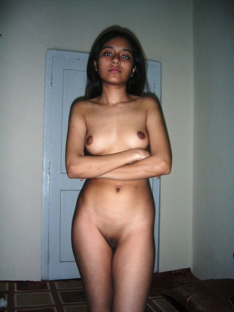 Amateur Desi Girls Full Frontal Nude Photos  Indian Nude -3174