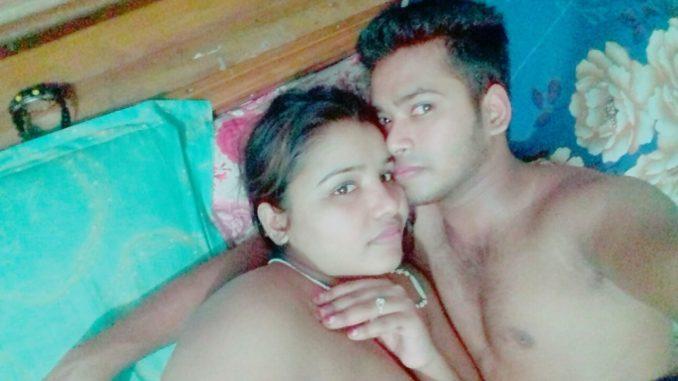 bangla babe naked selfies before sex 003