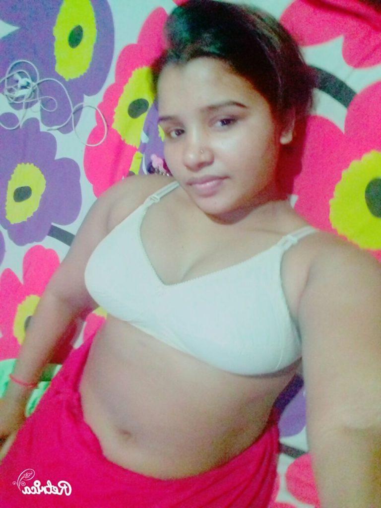 bangla babe naked selfies before sex 004