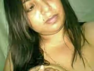 hot indian aunty sexy selfies showing big boobs 005