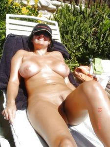 bengaluru businesswoman enjoying nude vacation photos 007