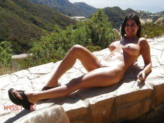 bengaluru businesswoman enjoying nude vacation photos 009