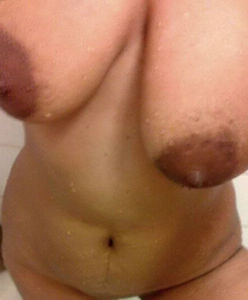 chubby punjabi kudi nude shower selfies 006