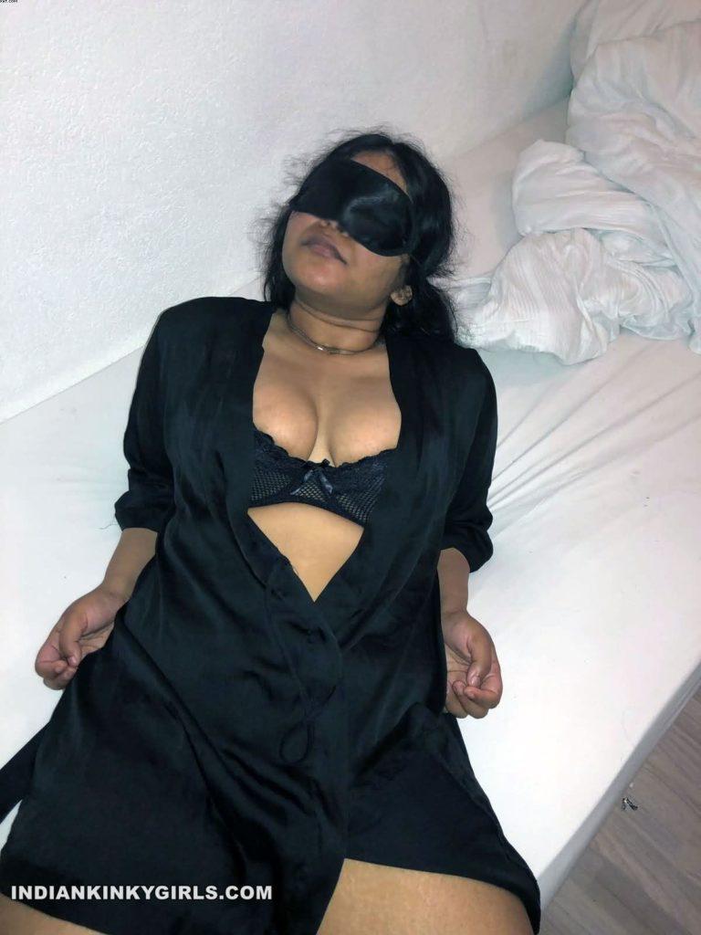 horny wife shimu nude cock teasing photos 001