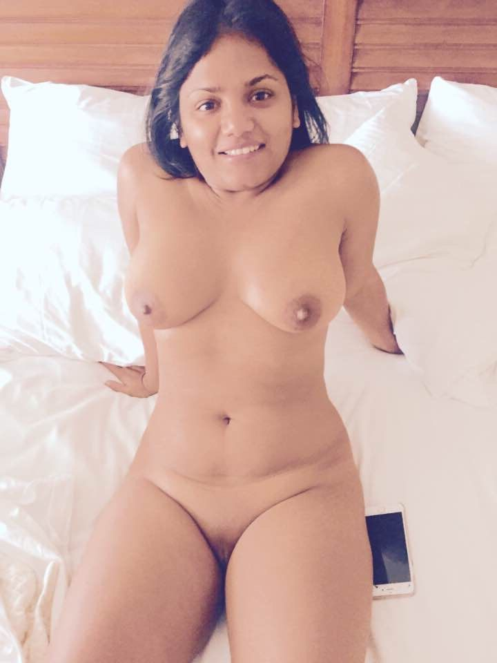 hot mumbai babe sonia naked ready for sex 005