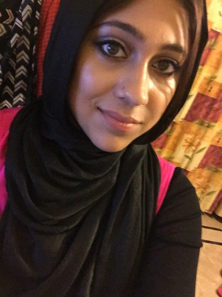 naughty pakistani wife naked selfies showing huge boobs 001
