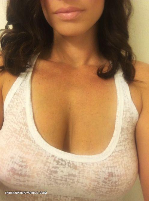 random amazing boobs desi girls naked selfies