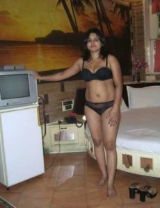 desi girlfriend sexy nude ready for sex