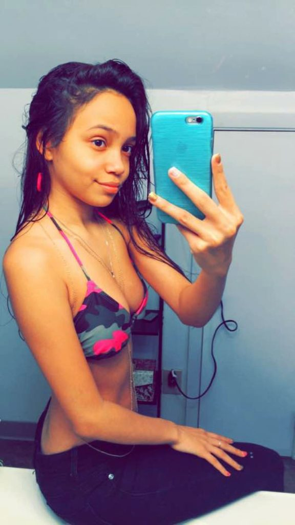 naughty 18yo teen hot naked selfies