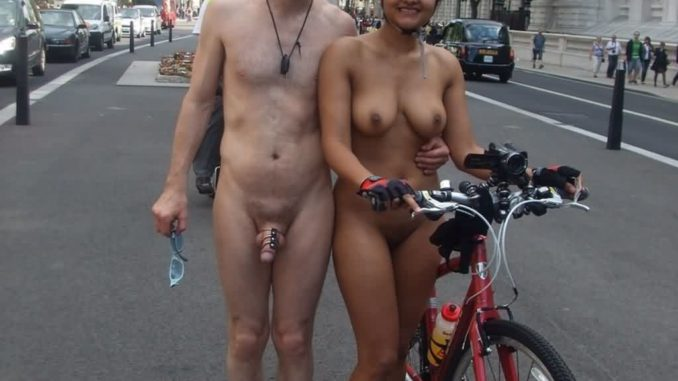 nudist indian exposing naked body publicly in usa 009