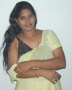 beautiful chennai working wife nude seducing boss